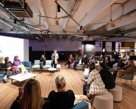 "Evento Women in Office Design en el Pop-up workplace ""Intersections"""